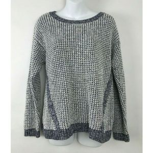 Two by Vince Camuto Blue White Open Knit Crotched